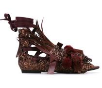 - Sandalen mit Verzierung - women
