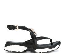 Sandalen mit Totenkopf-Brosche - women