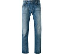 'Akee' Jeans mit schmalem Bein