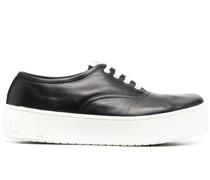 Flatform-Sneakers mit Schnürung