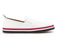 Slip-On-Sneakers mit gestreifter Sohle