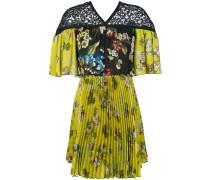 Florales Kleid mit Falten