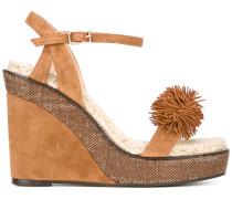 Sandalen mit Bommel