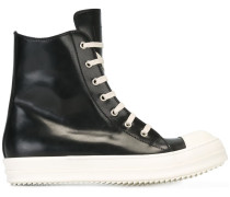 Geschnürte High-Top-Sneakers