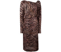- Mittellanges Seidenkleid mit V-Ausschnitt