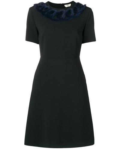 Knielanges Kleid mit Nerzbesatz