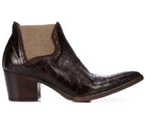 Texturierte Stiefel mit spitzer Kappe