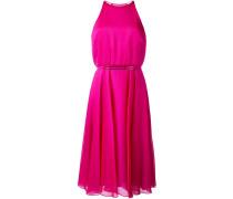 Kleid mit Metallverzierung