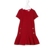 Kleid mit Zierknöpfen