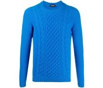 Schmaler Pullover mit Zopfmuster