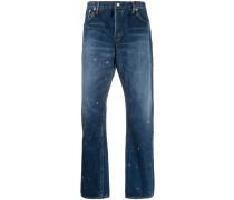 Gerade Jeans mit Farbklecksen
