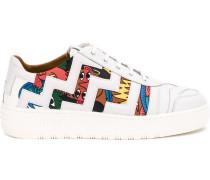 Sneakers mit Comic-Print