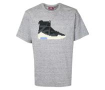 "T-Shirt mit ""Sneaker""-Print"