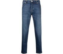 Slim-Fit-Jeans mit Tragefalten