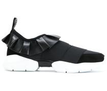 Slip-On-Sneakers mit Rüschenverzierung