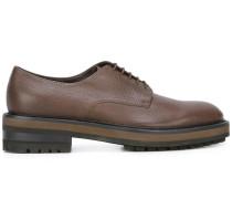 Derby-Schuhe mit fester Sohle