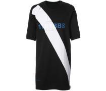 T-Shirt mit diagonalem Logo-Detail