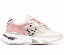 Hoa 10 Sneakers