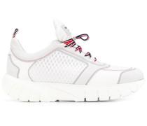 Sneakers aus Funktionsstoff