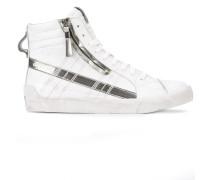 'D-String Plus' Sneakers