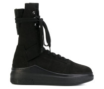 High-Top-Sneakers mit Plateausohle - Unavailable