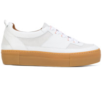 platform low top sneakers