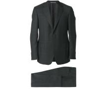 Klassischer 'Drop 6' Anzug