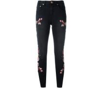 Cropped-Jeans mit Blumenstickerei - women