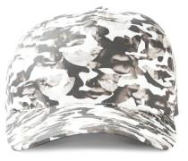 Kappe mit abstrakten Büsten
