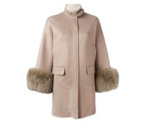 Mantel mit geknöpftem Kragen