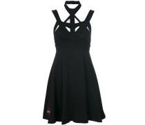 Kleid mit geometrischen Cut-Outs