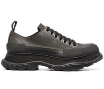 Sneakers mit klobiger Sohle