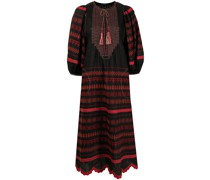 Besticktes Kleid mit rundem Ausschnitt