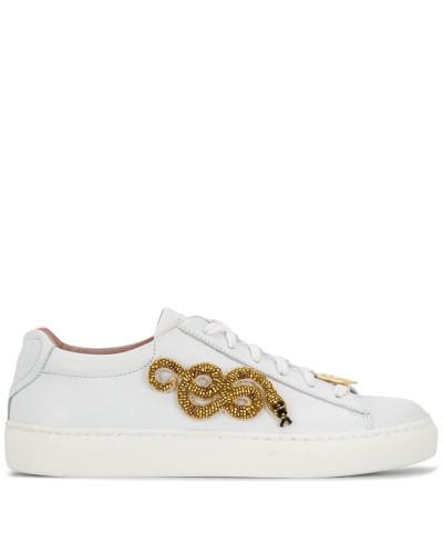 Sneakers mit verzierter Schlange
