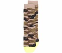 Socken mit Camouflage-Print