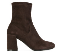 Stiefel aus Leder und Wildleder