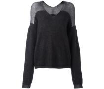 Weiter Pullover mit V-Ausschnitt