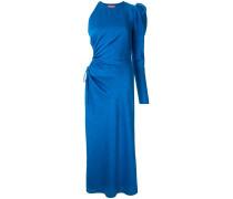 Kleid mit betonten Schultern