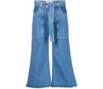 Jeans mit aufgesetzten Tasche