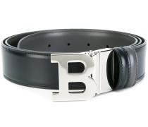 silver-tone 'b' letter belt