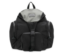 Großer Rucksack mit Taschen