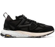 Royale Mondial Sneakers