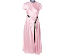 Kleid mit gestreiften Akzenten