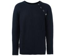 Gerippter Pullover mit Knöpfen