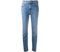 Halbhohe Tapered-Jeans