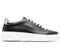 Dee Runaround Sneakers