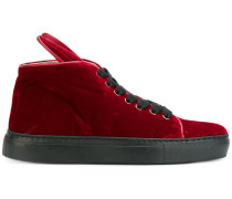 High-Top-Sneakers mit Hasenohren