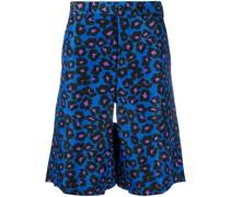 Knielange Shorts mit Leoparden-Print