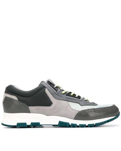 'Cross-Trainer' Sneakers