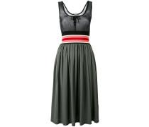Tailliertes Kleid - women